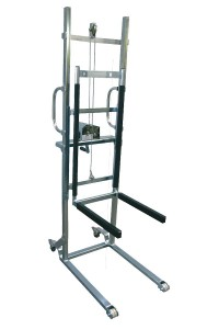 150 kg Stainless steel stacker with manual winch